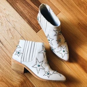 Chinese Laundry fayme white bootie